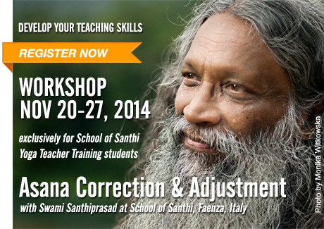 Workshop Asana Corrections | with Swami Santhiprasad School of Santhi Yoga Teacher Training School in India and Europe