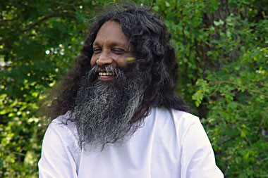 Swami Santhiprasad | Spiritial Yoga Master India. Spiritual leader India. Yoga Guru India. Founder of School of Santhi Yoga School in Kerala, South India